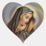El corazón del Virgen María bendecido Pegatina En Forma De Corazón