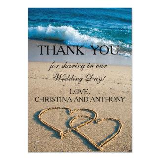 """El corazón en el boda de playa de la orilla le invitación 4.5"""" x 6.25"""""""