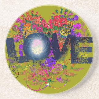 El corazón Nestled amor Posavasos Diseño