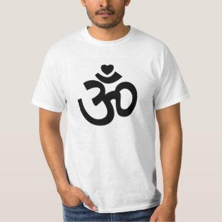 El corazón OM firma - las camisetas de la yoga Playera
