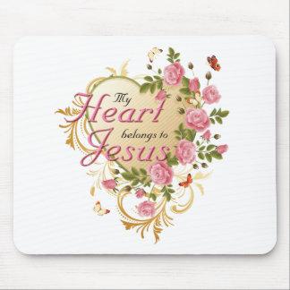 El corazón pertenece a Jesús Tapetes De Ratón