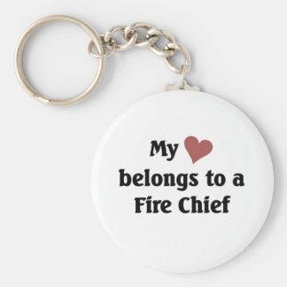 El corazón pertenece a un jefe de bomberos llaveros personalizados