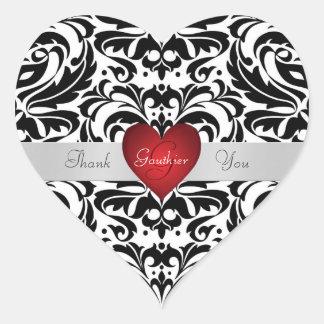 El corazón rojo del damasco negro y blanco le pegatina en forma de corazón