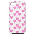 El corazón rosado romántico hincha el modelo iPhone 5 cobertura