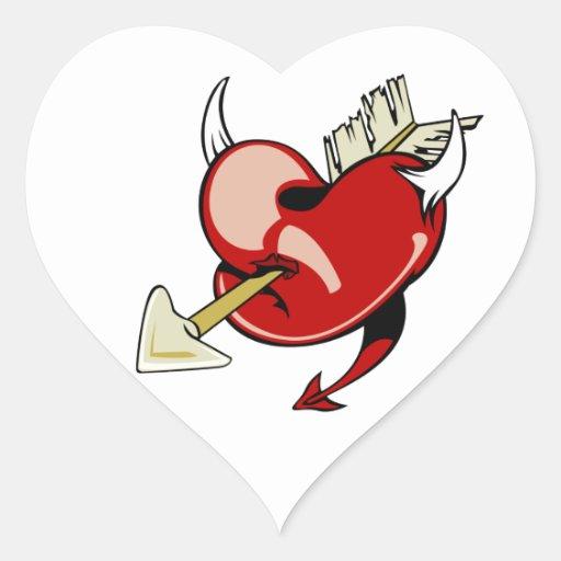 El corazón y la flecha del diablo pegatina en forma de corazón
