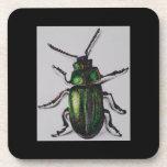El corcho verde del escarabajo bebe el práctico de posavasos de bebidas