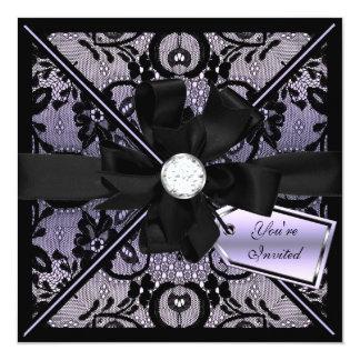 El cordón floral invita con el arco del diamante anuncio