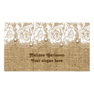 El cordón y las perlas blancos en el lino tarjetas de visita