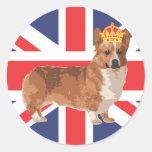 El Corgi de la reina con la corona y Union Jack Etiqueta Redonda