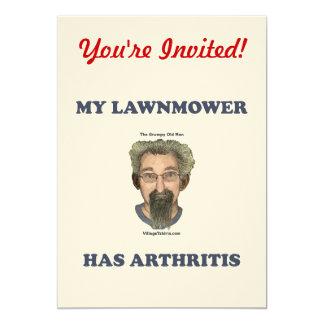 El cortacésped tiene artritis invitación 12,7 x 17,8 cm