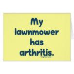 El cortacésped tiene artritis tarjeta pequeña