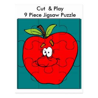 El corte y el juego Apple de 9 pedazos Postal