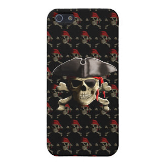 El cráneo alegre del pirata de Rogelio iPhone 5 Carcasas