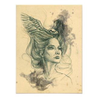El cráneo del pájaro del retrato de la mujer y la impresiones fotográficas
