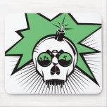 El cráneo estalla - verde tapete de ratón