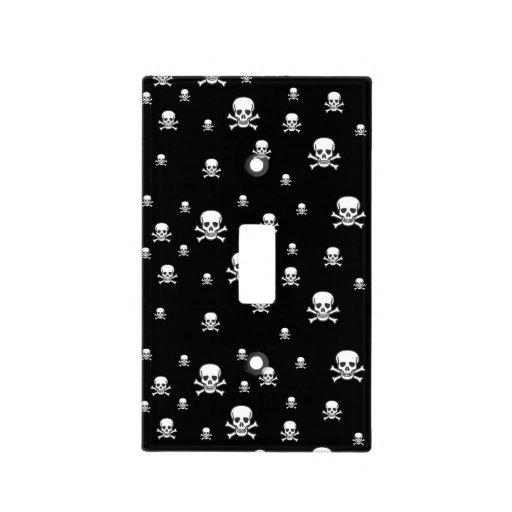 El cráneo n deshuesa la cubierta de interruptor placa para interruptor