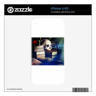 El cráneo y el encanto reservan en los regalos, la calcomanía para iPhone 4S