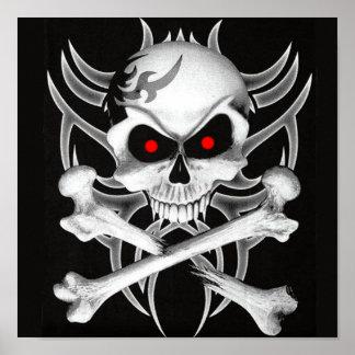 El cráneo y la bandera pirata de la muerte póster