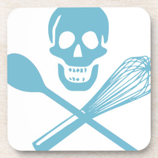 El cráneo y la cruz baten el azul de la harina de posavaso