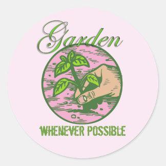 El credo de cada jardinero pegatina redonda