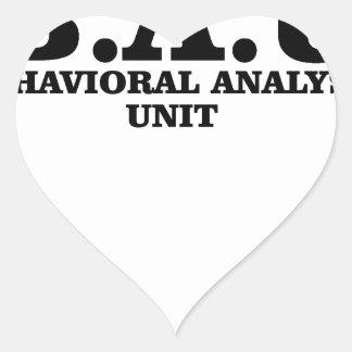 El criminal importa del camisetas de la unidad del pegatina en forma de corazón