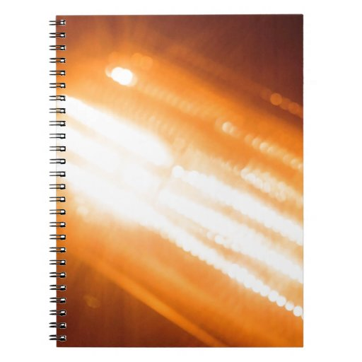 El cristal abstracto refleja brillo ligero libros de apuntes