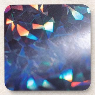 El cristal abstracto refleja en mezcla posavasos de bebidas