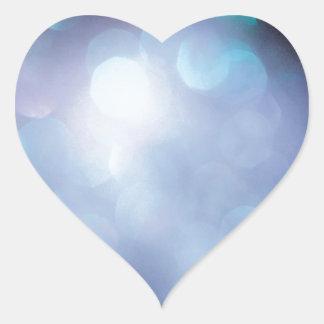 El cristal abstracto refleja escamas del azúcar pegatina en forma de corazón