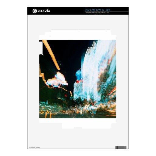 El cristal abstracto refleja la ciudad calcomanía para el iPad 2