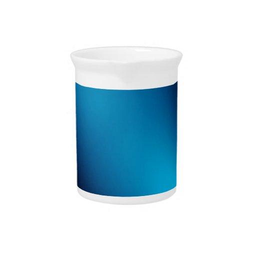 El cristal abstracto refleja la llama jarrón
