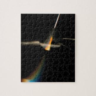 El cristal abstracto refleja pensamientos rompecabeza