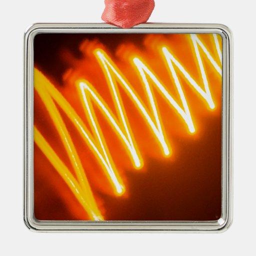 El cristal abstracto refleja zigzag adorno cuadrado plateado