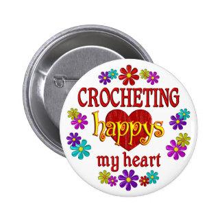 El Crocheting feliz Pin Redondo 5 Cm