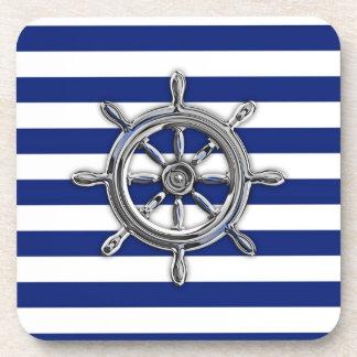 El cromo tiene gusto de la rueda en rayas náuticas posavasos de bebida