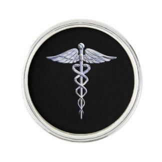 El cromo tiene gusto de símbolo médico del caduceo pin