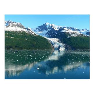 El cruzar escénico del fiordo I Alaska de la Postales
