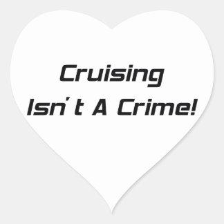 El cruzar no es un crimen pegatina en forma de corazón