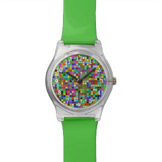 El cuadrado macizo colorido del verde verde oliva relojes