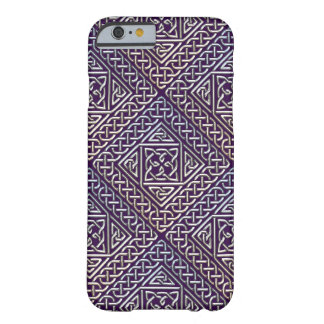 El cuadrado púrpura de plata forma el modelo de funda de iPhone 6 barely there