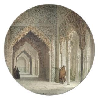 El cuarto de la corte de Alhambra, Granada, 1853 ( Plato