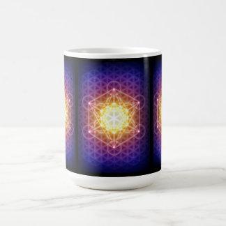 El cubo/la flor de Metatron de la vida Taza Clásica