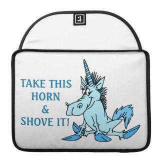 El cuerno del unicornio lo empuja fundas para macbooks