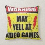El cuidado puede gritar en los videojuegos almohada