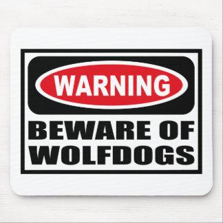 El cuidado SE GUARDA de WOLFDOGS Mousepad