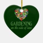 El cultivar un huerto en el lado de amor adorno
