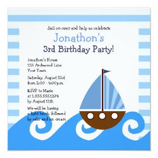 """El cumpleaños azul del pequeño velero lindo invita invitación 5.25"""" x 5.25"""""""