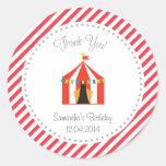 El cumpleaños de la tienda de circo le agradece pegatinas redondas