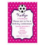 El cumpleaños del fútbol de los chicas invita a ro
