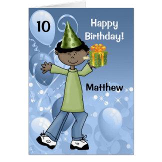 El cumpleaños del niño personalizado con la edad tarjeta de felicitación