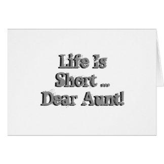 El cumpleaños divertido desea para la tía, negro tarjeta de felicitación